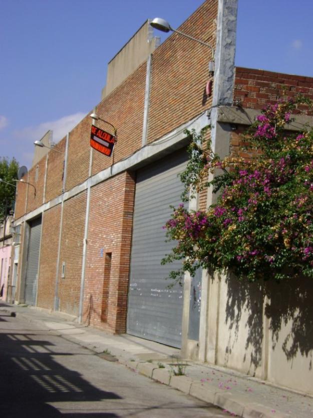 Nave local almacen en barcelona