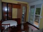 Alquilo apartamento en los rosales, amueblado, un dormitorio, terraza grande, trastero, - mejor precio   unprecio.es