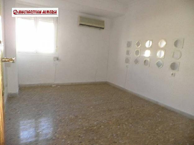 Piso en almer a 1424480 mejor precio for Alquiler de pisos en almeria