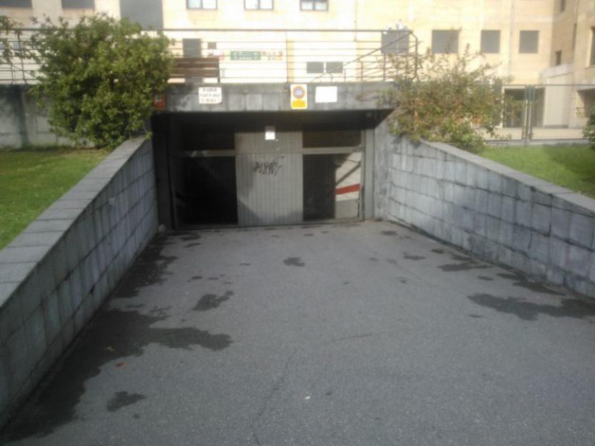 plaza de garage centrica en oviedo