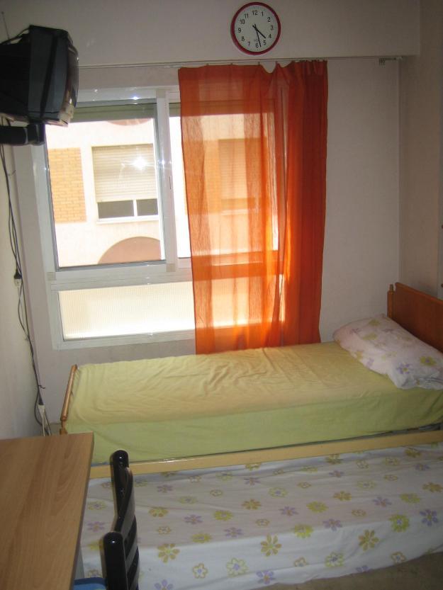 Habitación Centro Piso Moderno (Gast. Incl.)