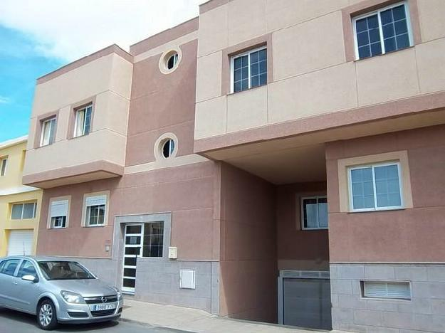 Piso amplio con terraza en venta en puerto del rosario - Vivienda puerto del rosario ...