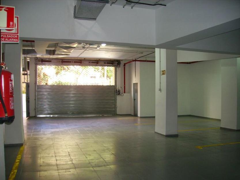 Plazas de garaje con y sin trastero