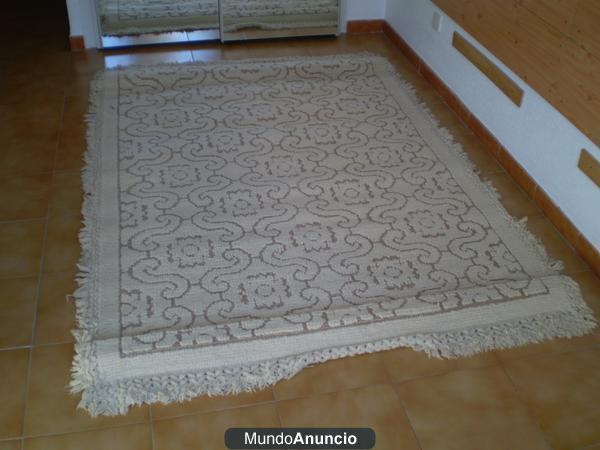 Alfombras de pura lana virgen mejor precio for Precios limpieza alfombras madrid