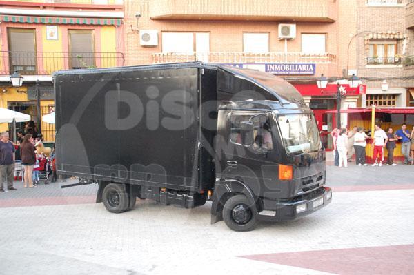 Camión escenario con disco movil para eventos y fiestas