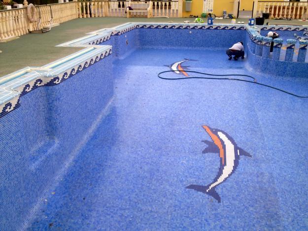 Reparacion de piscinas ghv inmocons mejor precio for Reparacion de piscinas