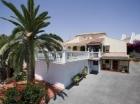 Chalet con 4 dormitorios se vende en Mijas Costa, Costa del Sol - mejor precio   unprecio.es