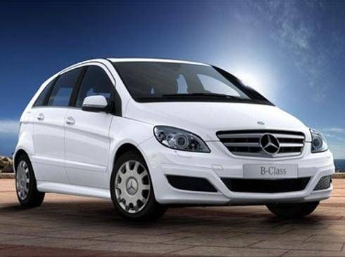Mercedes Clase C 180 BE BlueEfficicency Edition Berlina 156cv. Manual 6vel. Blanco Calcita. Nuevo. Nacional.
