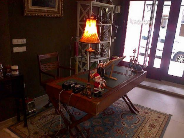 Compro muebles libros cuadros antiguos mejor precio - Precio muebles antiguos ...