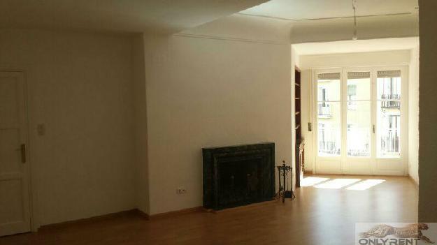 Piso 4 dormitorios, 3 baños, 0 garajes, Buen estado, en Madrid, Madrid