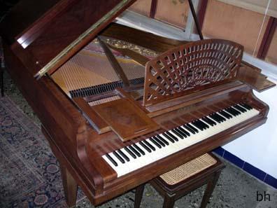 Vendo piano pleyel 1 4 de cola mejor precio for Casa piano cotizacion