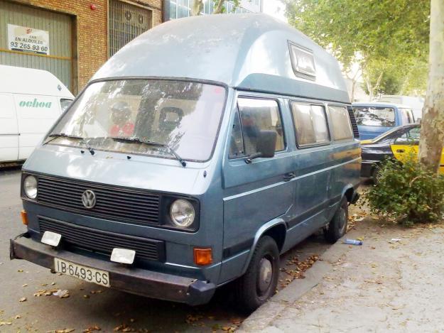 Vendo furgoneta vivienda vw transporter t3 1 6 d techo for Vendo furgoneta camper