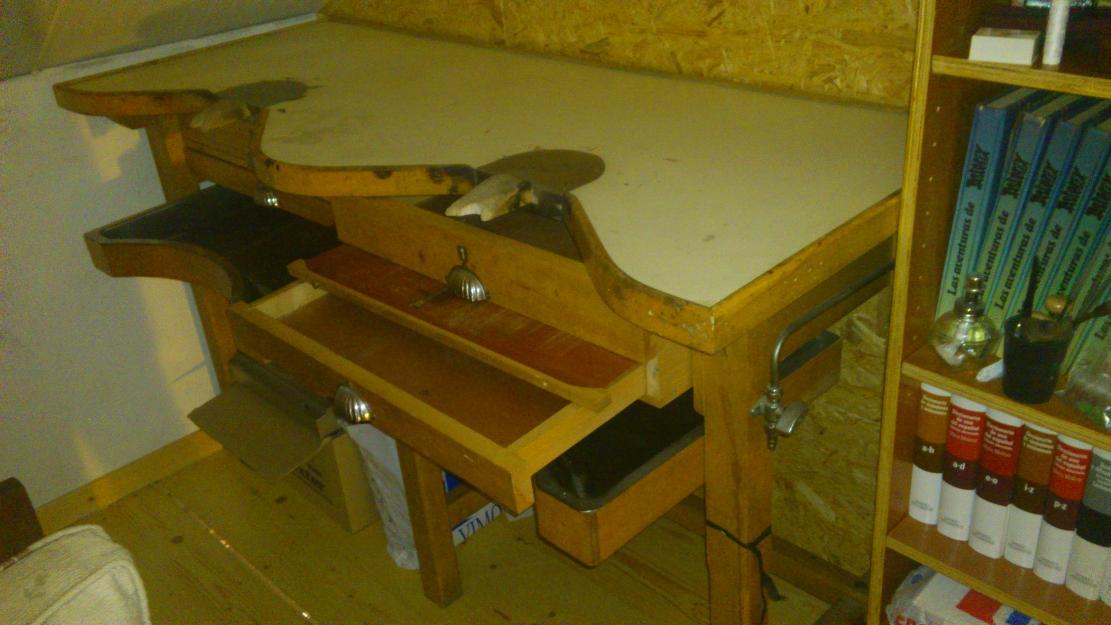 Mesa de joyero de 2 plazas herramientas joyer 160687 for Mesa herramientas