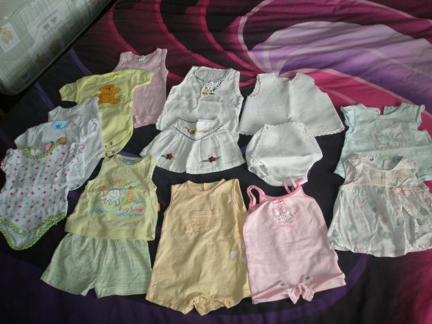 Vendo lote de ropa bebe niña de 0-3 meses y 3-6 meses