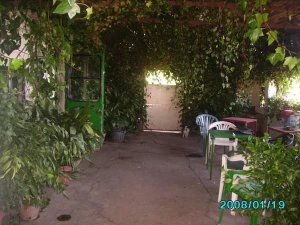 Vendo casa con jardin mejor precio for Vendo caseta jardin