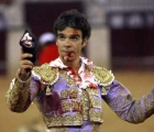 Un boligrafo y de regalo 2 entradas para Jose Tomas en Pontevedra - mejor precio | unprecio.es