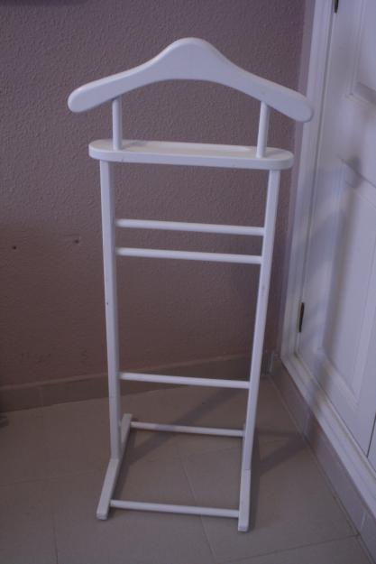Porta ropa colgador de madera mejor precio for Porta ganchos de ropa